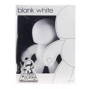 muggs-blank-white