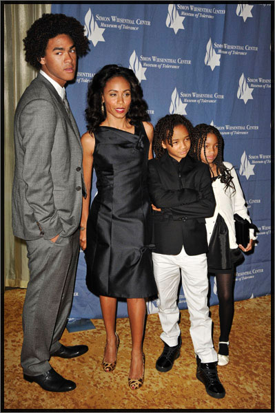 will smith and family 2009. will-smith-fam