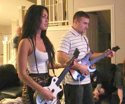 megan-fox-guitar-hero