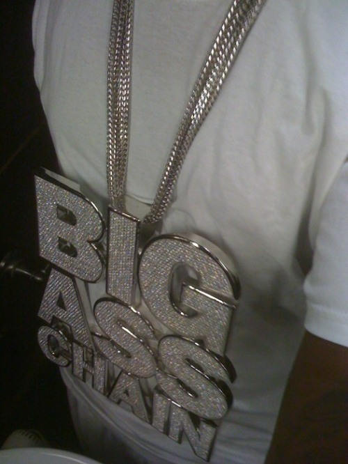 tpain big ass chain2