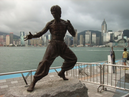 bruce lee statue hong kong