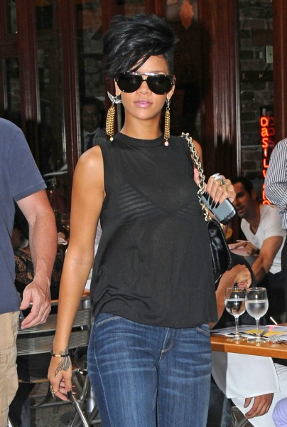 rihanna nouvelle coupe rasee 3