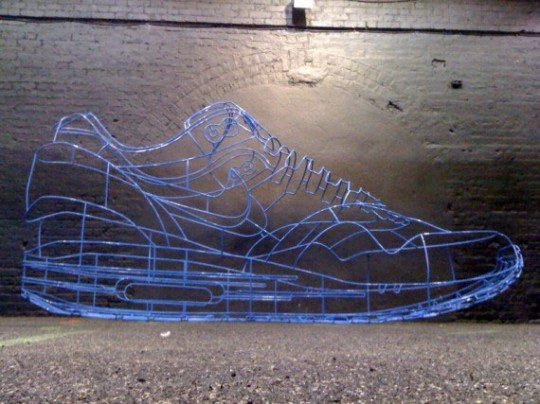 nike-sportswear-benedict-radcliffe-35-meter-air-max-12-540x404