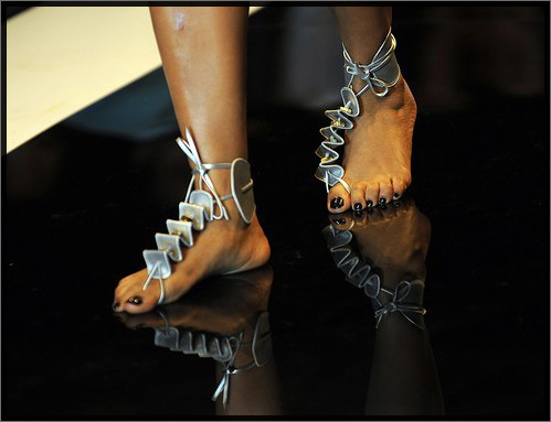 5 chaussures impossibles à porter, même si on te paie | The